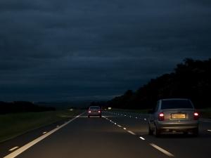 dirigir a noite